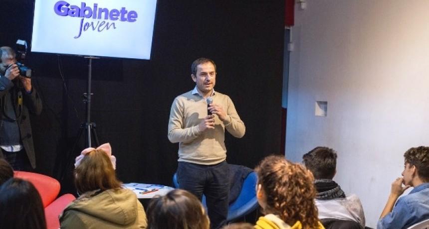 """Con más de 250 estudiantes comenzó el programa """"Gabinete Joven"""""""