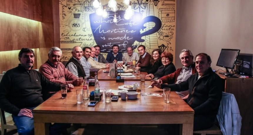 Abella y Roses acompañaron la celebración del Club Social en su 118º aniversario