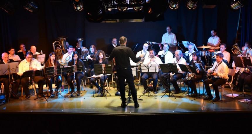 La Banda Municipal presentó un gran concierto por su 75° aniversario