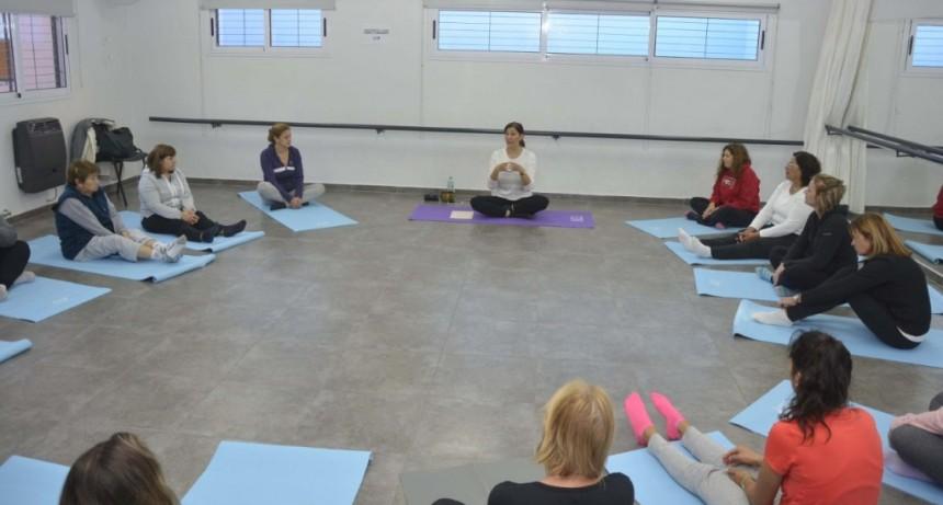 Comenzó el nuevo taller municipal de Yoga