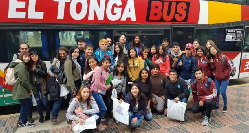 """Alumnos de la ciudad participaron de un encuentro regional de """"Jóvenes y Memoria"""""""