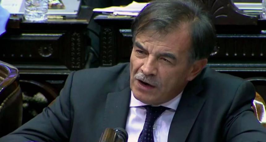 El diputado radical Miguel Bazze descartó eliminar las PASO
