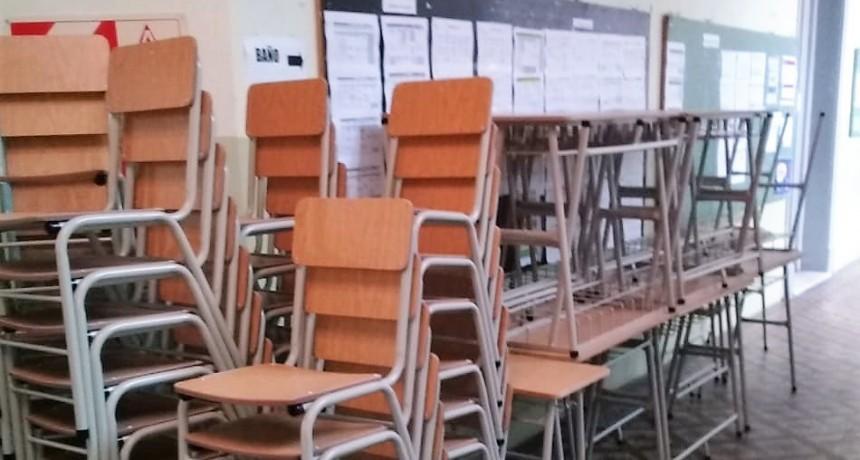 El Municipio entregó nuevo mobiliario a escuelas públicas de Campana