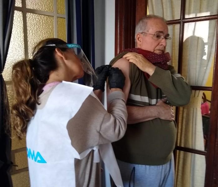 CAMPAÑA DE VACUNACIÓN PARA MAYORES DE 65 AÑOS Y GRUPOS DE RIESGO
