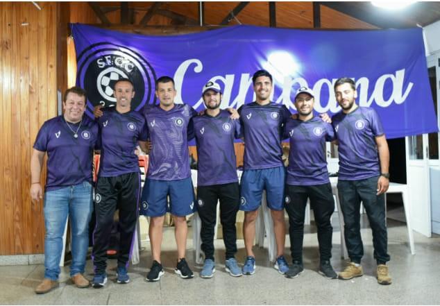 La Selección de Fútbol de Campana sigue trabajando por la comunidad
