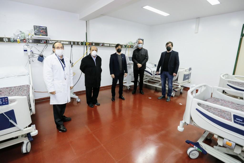 Kicillof participó de la inauguración del Servicio de Emergencia y Terapia Intensiva del Hospital Evita Pueblo de Berazategui