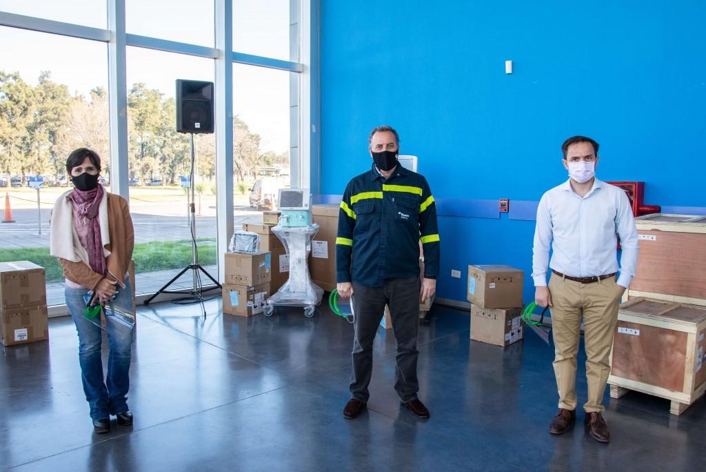 Tenaris concretó la donación de 14 respiradores mecánicos a centros médicos de la región