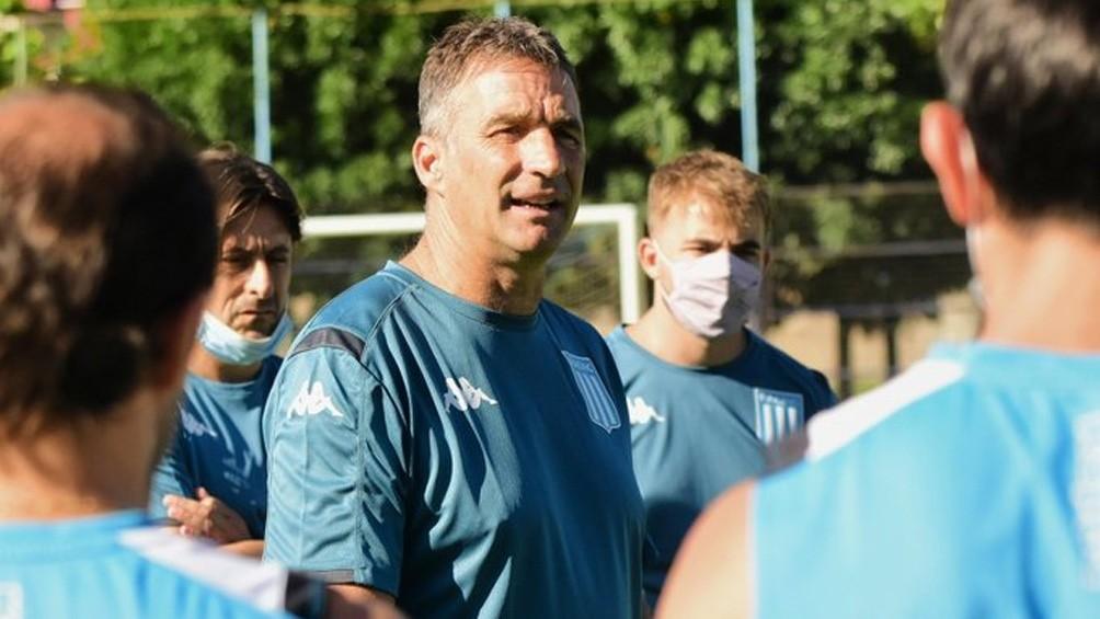 Julián López retomó el entrenamiento y quedó a disposición de Pizzi para la final