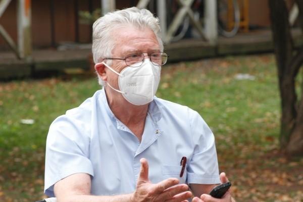 ROMANO : Los casos no bajan por la ausencia de gestión  de la pandemia