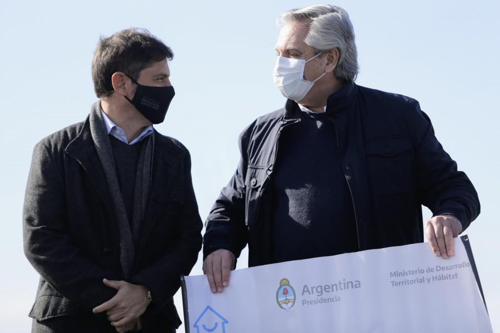Junto al Presidente, Kicillof participó del lanzamiento del Plan Nacional de Generación de Suelo Urbano y visitó un vacunatorio en Mercedes