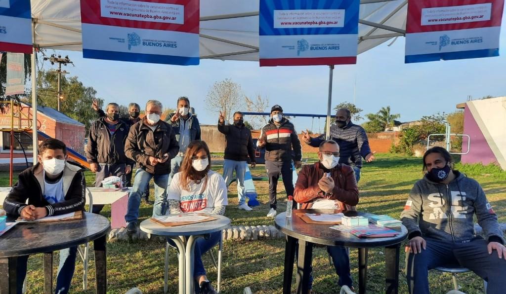 ROMANO :  Por cada vecino que se inscribe para recibir la vacuna, hay una vida menos en riesgo