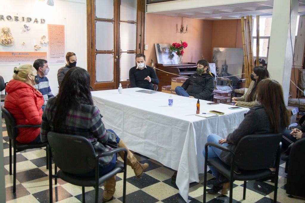Abella y concejales de Juntos por el Cambio se reunieron con representantes de salones infantiles