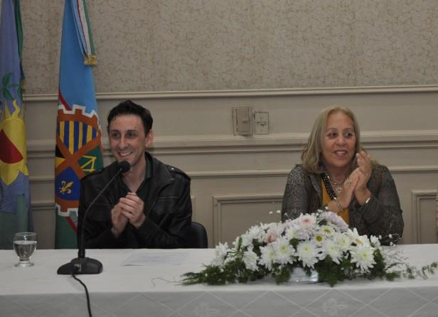 """El Lic. Pablo Scharagrodsky dará inicio al Ciclo de """"Conferencias de Educación 2014"""""""