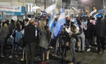 CAMPANA IGUAL SALIÒ A FESTEJAR!!!!