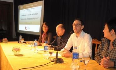 Exitoso comienzo del Ciclo de Conferencias sobre Educación 2014