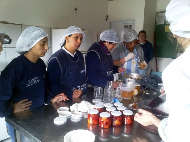 """Programa """"Argentina Trabaja"""", en Campana  Las Cooperativas se encaminan hacia la Etapa Productiva"""