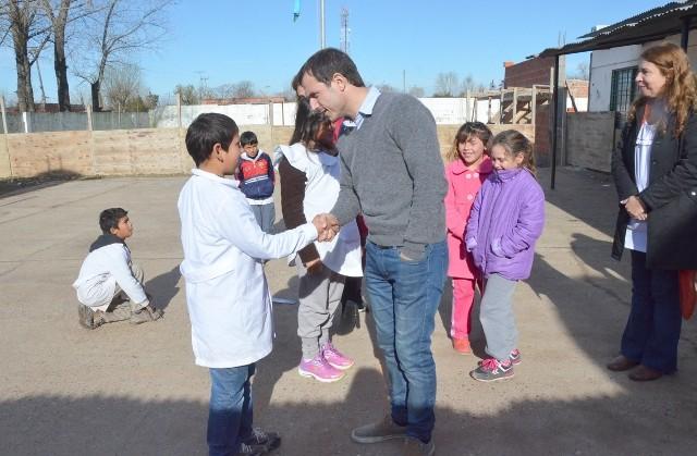 El Intendente recorrió las obras de refacción y ampliación de la Escuela Nº 18