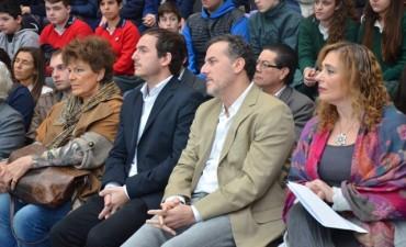 El Intendente acompañó la entrega de Becas al Mérito de Tenaris Siderca