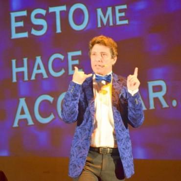 Sergio Gonal y su humor llegaron al Teatro La Rosa