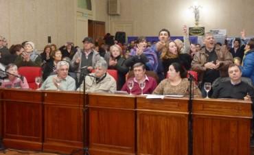 El Frente para la Victoria denunció cuadrillas  que censuran la libertad de expresión