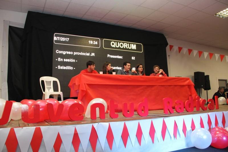 LA JUVENTUD RADICAL DE CAMPANA JUNTO AL VICEGOBERNADOR DANIEL SALVADOR EN EL CONGRESO PROVINCIAL DE LA JR EN SALADILLO