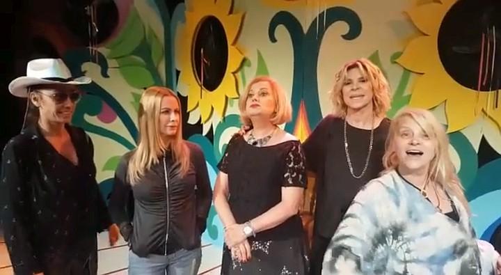 Menopausia Show se presentò en el Teatro
