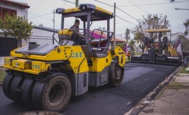 Avanzan las obras de repavimentación en calles del barrio Obrero