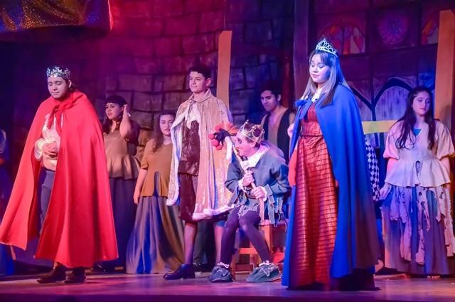 """""""Peter Pan"""" y """"El jorobado"""" se presentaron a sala llena en el Pedro Barbero"""
