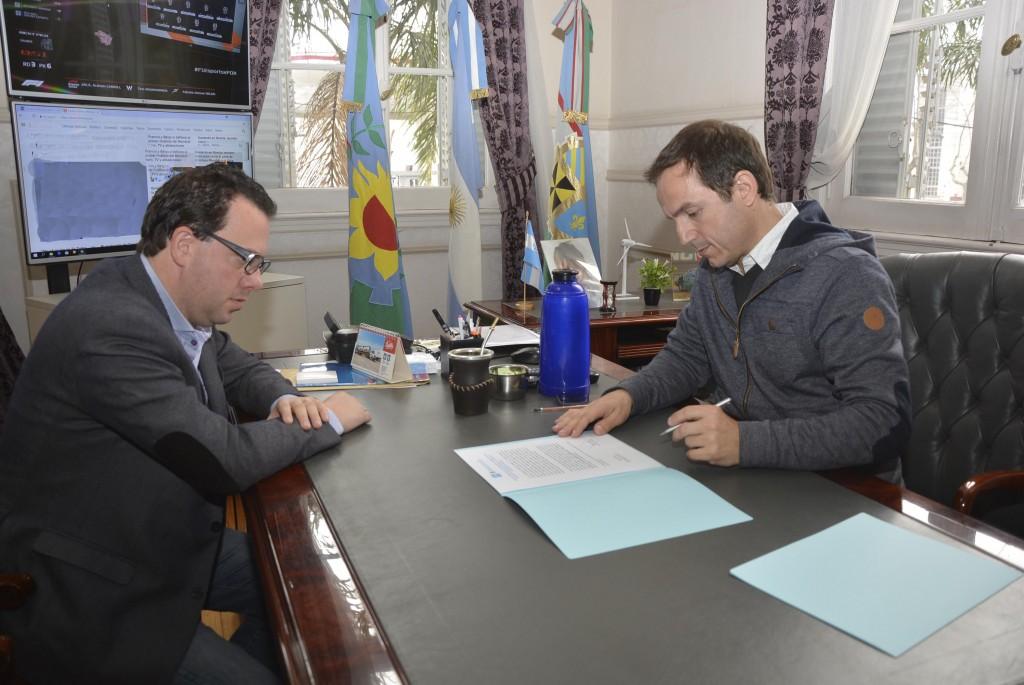 Abella suscribió importante acuerdo con la Secretaría de Derechos Humanos de la Nación