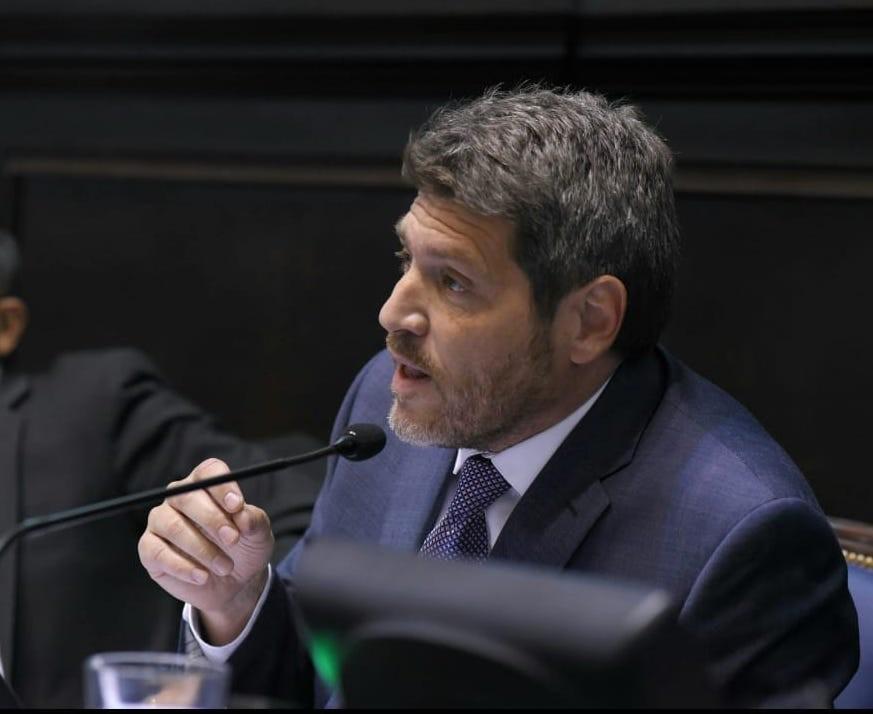 CASTELLO QUIERE MAS COMPETENCIA EN EL TRANSPORTE