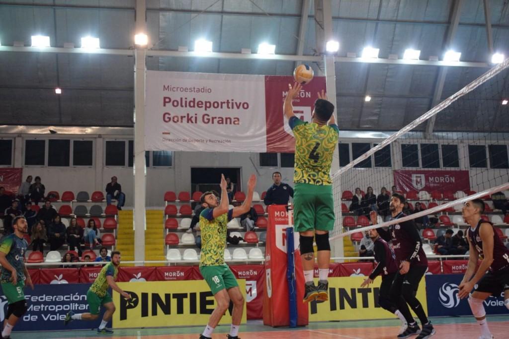 Los tricolores superaron nuevamente a la UAI y se metieron en las semifinales