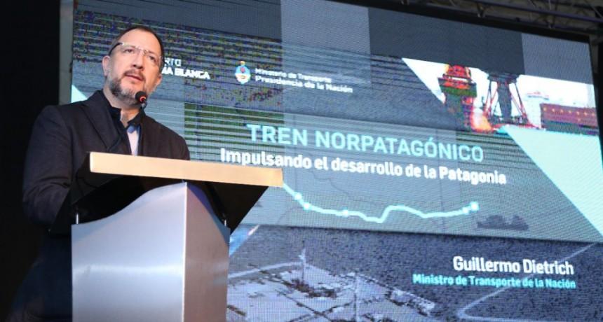 Perechodnik acompañó a Dietrich en la presentación de las obras del Tren Norpatagónico