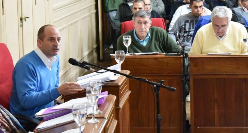 """Colella:""""Cambiemos pretende desfinanciar a los Bomberos Voluntarios"""""""