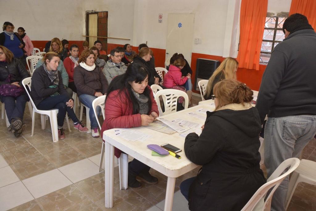 Tras visitar Otamendi, la Oficina Móvil de escrituras estará en Dallera