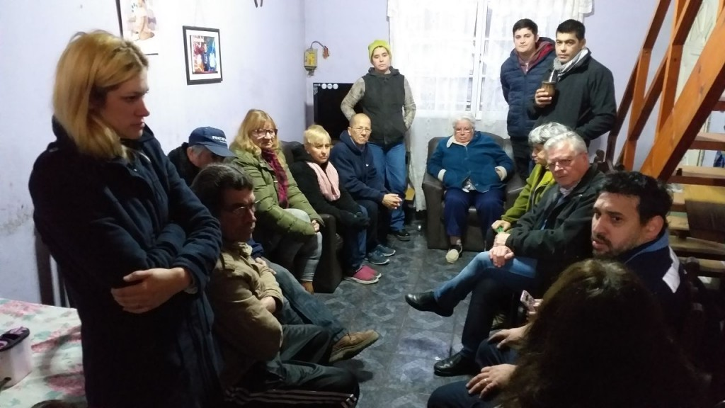 Rubén Romano se reunió con vecinos de B° Las Campanas