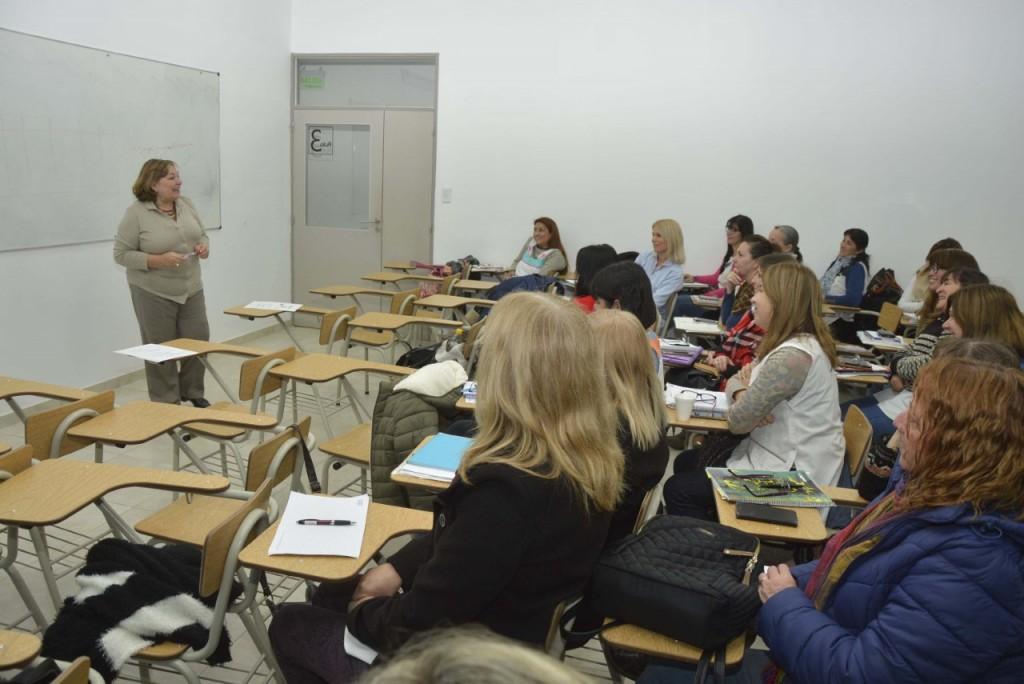 Directivos de primaria participaron de una importante capacitación