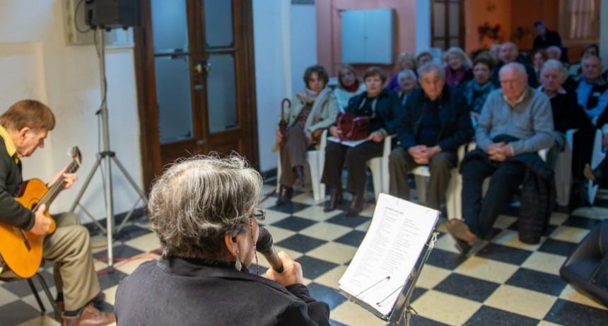 Horacio Salgán fue homenajeado en el salón Ezio Mollo
