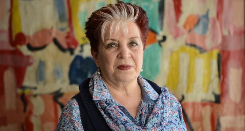 La directora de la Biblioteca Nacional visitará el lunes Campana