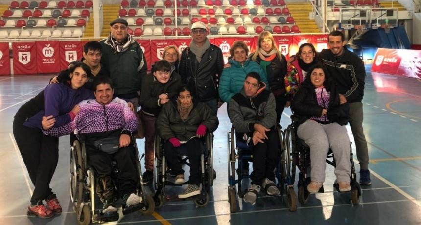Una delegación de atletas participó de un encuentro de la Liga de Boccia