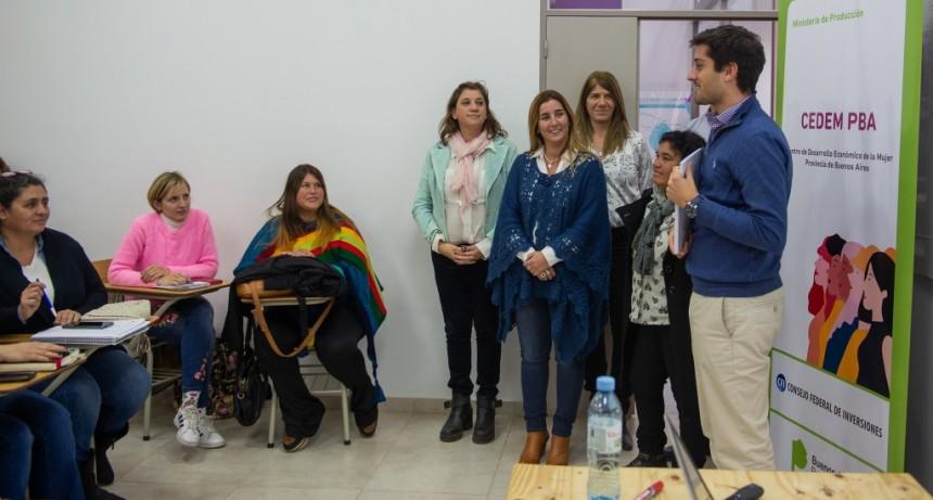 Mujeres emprendedoras concluyeron un importante ciclo de talleres