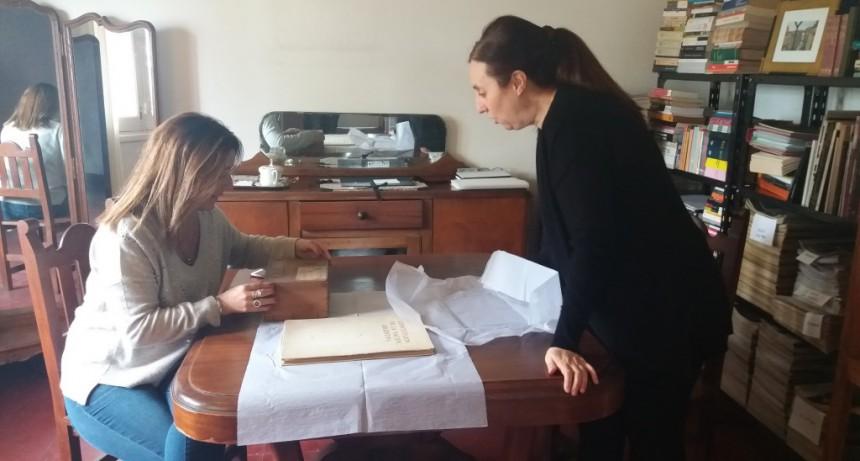 La jefa de Gabinete visitó a una artista campanense que triunfa en el exterior