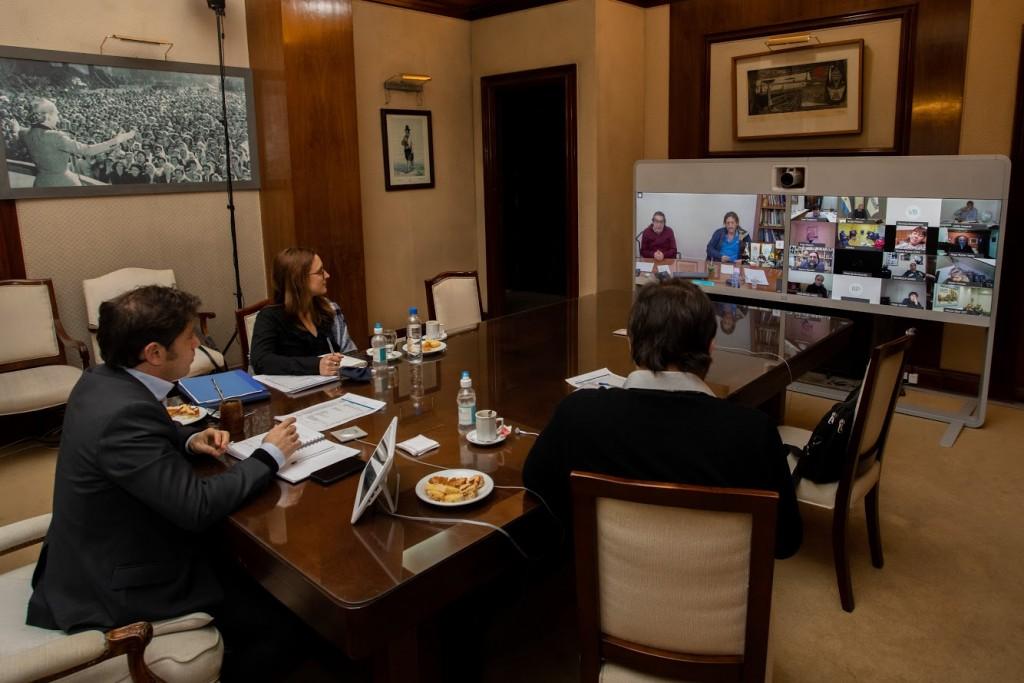 Kicillof mantuvo un encuentro con referentes sindicales
