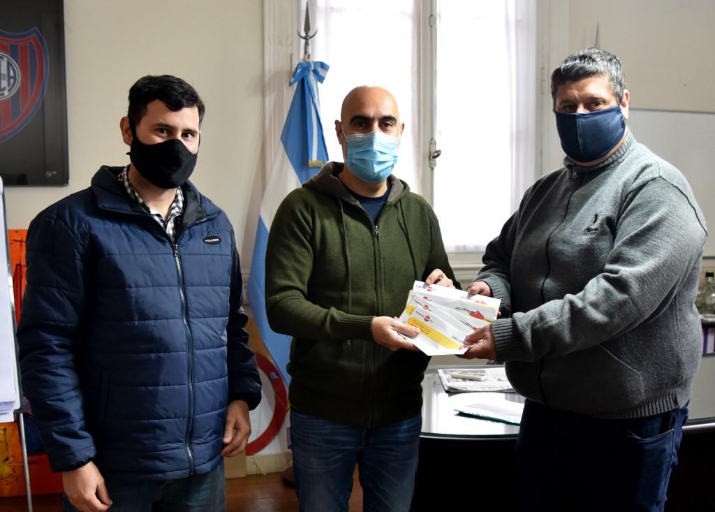 Puma Energy donó al Municipio tarjetas de combustible para uso de la emergencia del Covid - 19