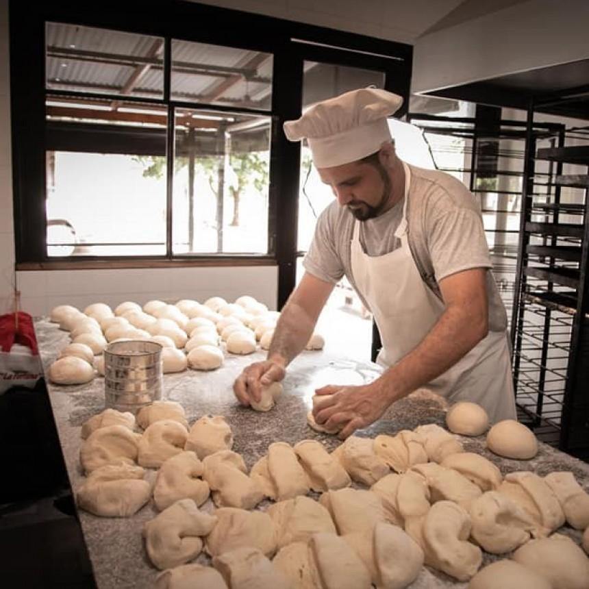 Martín Navazzotti : estamos intentando volver a brindar nuestro servicio gastronómico con un gran esfuerzo