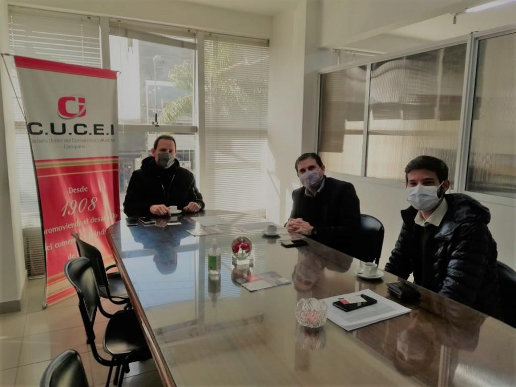 Representantes del Banco Nación en la CUCEI: CRÉDITOS PARA BARES Y RESTAURANTES
