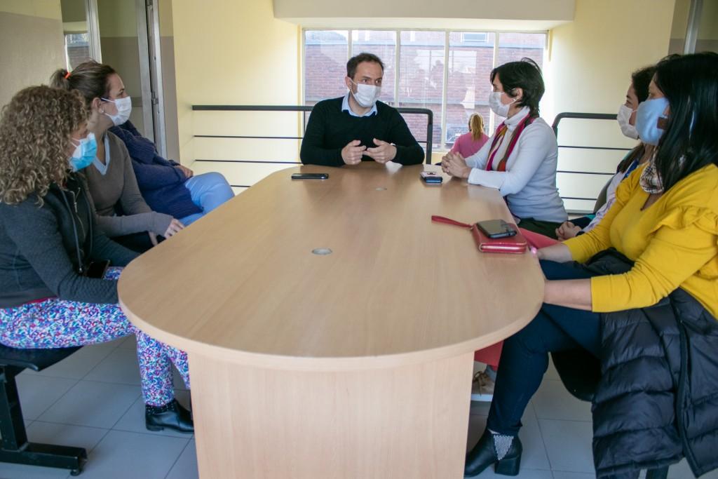 Abella reconoció la incansable labor de las obstetras del Hospital y los CAPS