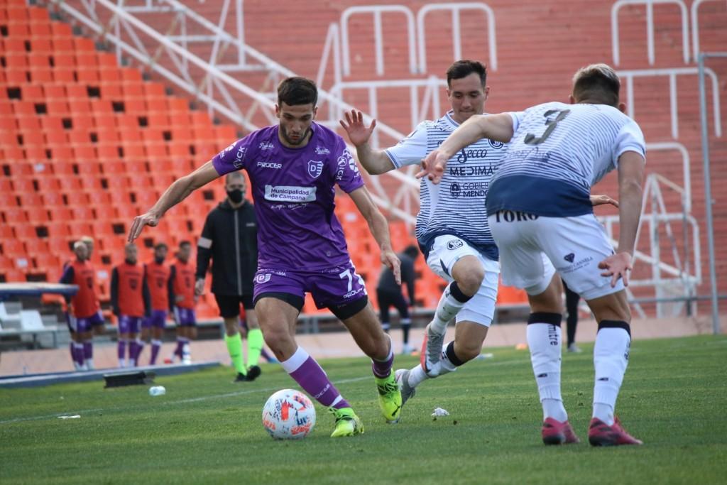 Lautaro Díaz disputó su primer partido con la camiseta de Villa Dálmine