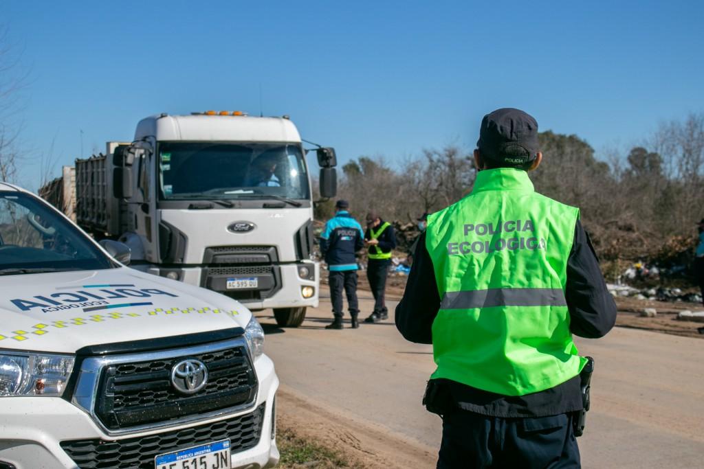 El Municipio realizó operativos para evitar el vuelco clandestino de residuos