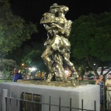 """Avanzan los preparativos para la inauguración de la Muestra de Arte """"Tango en Agosto"""""""