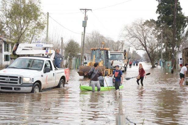 Se intensifica la asistencia social para los damnificados por el temporal y las inundaciones